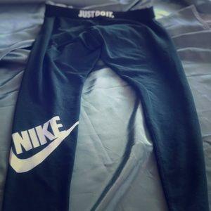Women's Nike Sportswear Leggings